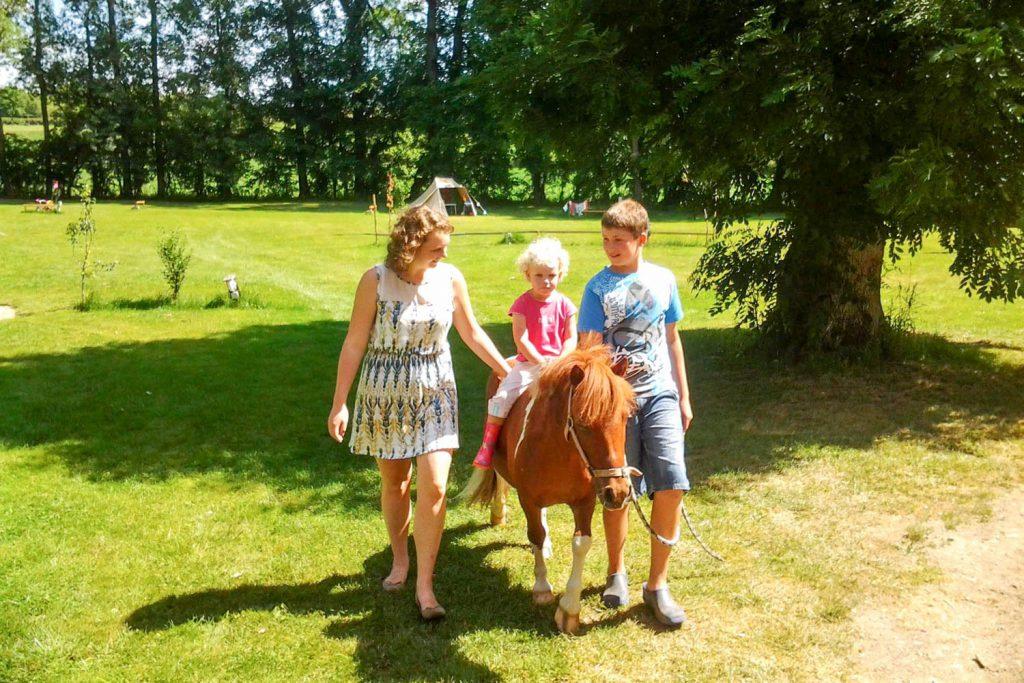 paardrijden op camping Domaine des Lilas