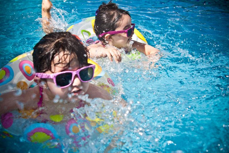 Zwembad Domaine des Lilas