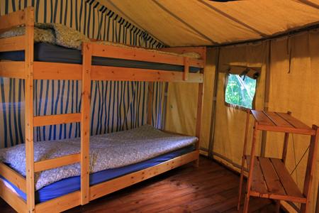 slaapkamer stapelbed ronde safaritent